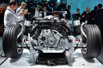 Elmerültünk egy szétvágott hibrid-Audi A8 műszaki érdekességeiben