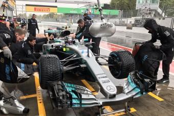 F1: Elmosta az eső az utolsó edzést