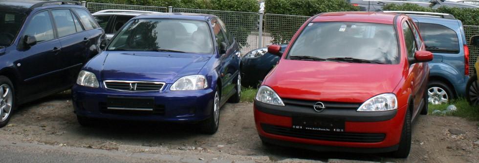 Használt autó  Toyota Yaris XP10 vagy Opel Corsa C  4e239afa4c