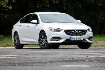 Könnyebb, tágasabb és keveset is fogyaszt az új Opel Insignia