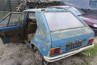 40 év után került elő a lopott Peugeot
