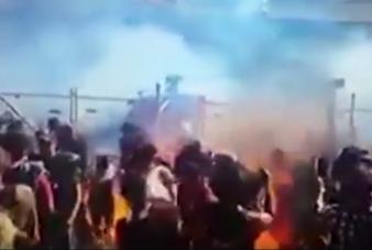 Lángba borították a nézőket egy autós fesztiválon, 12-en sérültek meg
