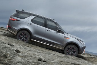 Kecskék és kalandok: videón a Land Rover Discovery SVX