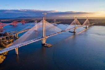 Világrekorder hidat adtak át Skóciában