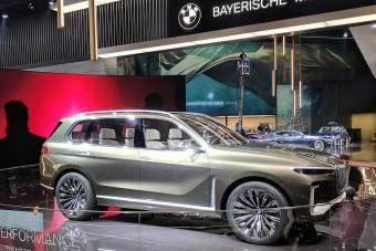 Még nem is létezik, de már összetörték a legnagyobb BMW-t