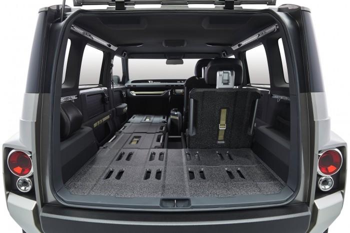 A Fiat Multipla és a Renault Kangoo szerelemgyereke egy Toyota 3
