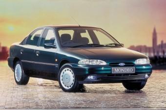 Mit tudott egy Ford 25 éve és mit tud ma?