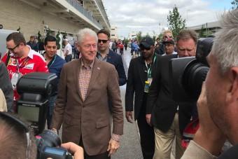 F1: Befutott az amerikai elnök és a futóbajnok is - videó