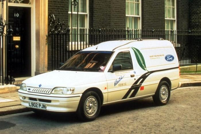 Mit tudott egy Ford 25 éve és mit tud ma? 3