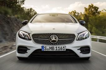 Kicsit hibrid lett a legszebb Mercedes E-osztály