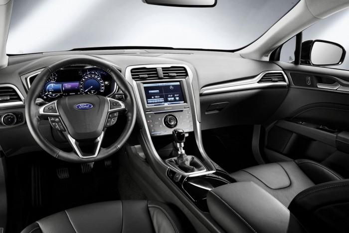 Mit tudott egy Ford 25 éve és mit tud ma? 6