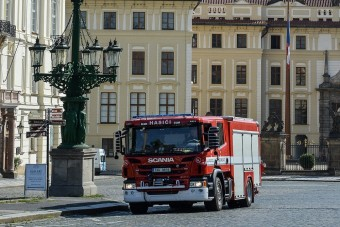 Új tűzoltóautókkal ügyelnek a koros épületek biztonságára