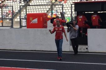 F1: Vettel inkább nem szidja a Ferrarit