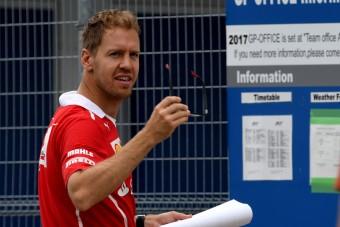 F1: Vettel egy igazi gavallér, fotó bizonyítja