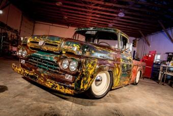Meglepő motor került ebbe a pusztuló Fordba