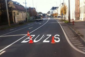 Nem sikerült leírni a busz szót az útra Debrecenben