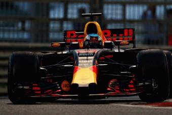 F1: Ricciardo odaszólt Räikkönennek
