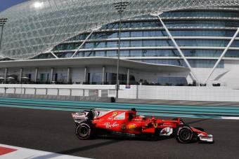 F1: Räikkönen a leggyorsabb, Alonso falnak ment