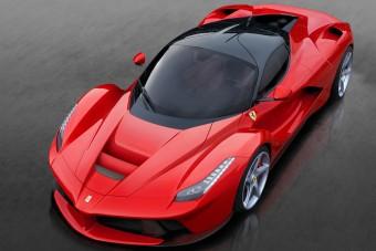 Bukás közben is pénzt gyárt a Ferrari