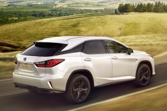 Sportos szabadidő-modellel bővít a Lexus
