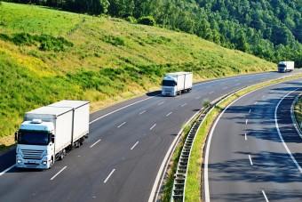 Ezért van ennyi kamion az utakon