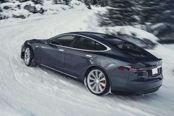 5 ok, amiért nem szeretik a telet a Tesla-tulajdonosok