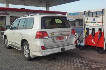 120 forintos benzinnel autóztunk