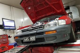 Hallgasd meg, ahogy 12 000-et forog ez a Subaru bokszermotor