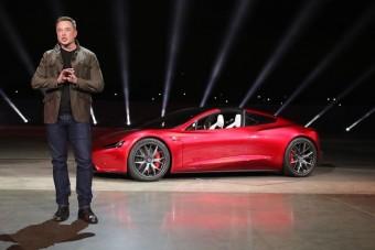 Saját Tesláját lövi ki az űrbe Elon Musk