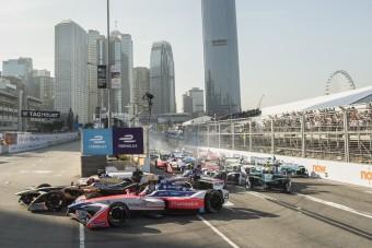 Vettel lesajnálta a villany-F1-et