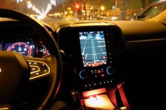 Autós navigáció, ingyen, okosba'