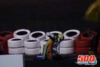 Durva: a pályán verekedtek a pilóták, Massa égett - videó