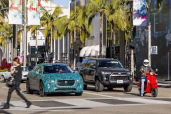 Gyártásra kész a Jaguar elektromos crossovere