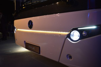 A reformáció előtt tiszteleg az új magyar autóbusz