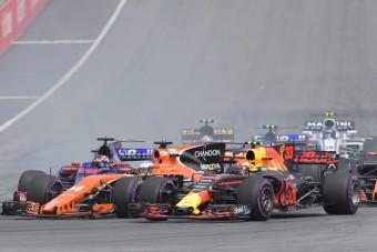 F1: A McLaren kaphatna Merci-motort, a Red Bull elfelejtheti