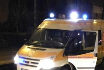 Fennakadt egy mentő Budapesten, de hogy került oda?