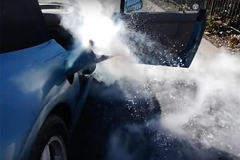 Ez az ember folyékony nitrogént töltött a BMW-jébe, ez történt utána
