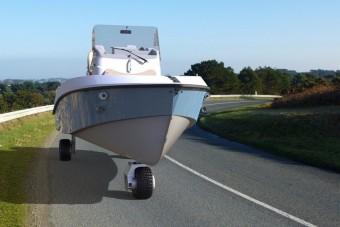 Ezzel a hajóval közúton is közlekedhetsz