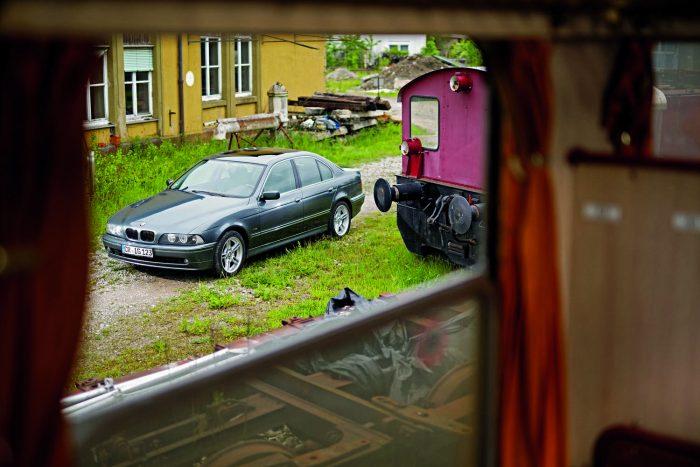 Ízlésesen és stílusosan felöltöztetett BMW: az Edition Exclusive kivitel megédesítette a benne tartózkodást és kellemesebbé tette az utazást