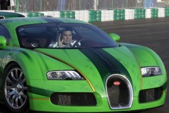 Kitiltották a fekete autókat Türkmenisztán fővárosából