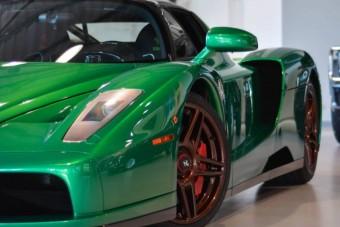 Bűn átfényezni egy ritka Ferrarit?