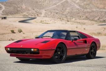 Zöld rendszámmal szaladgálhatna ez a klasszikus Ferrari