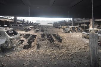 Minden autó porrá égett ebben a parkolóházban