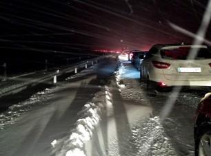 Drámai fotók: megbénult Spanyolország a hó miatt