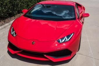 Ha 2500 lovas Lamborghinit keresel, nézd meg ezt!