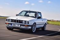 Könnyfakasztóan szörnyű lett ez a platós BMW 1