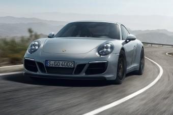 6 sportos autó, ami jobb automata váltóval