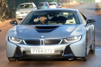 Eladó Wayne Rooney BMW-je