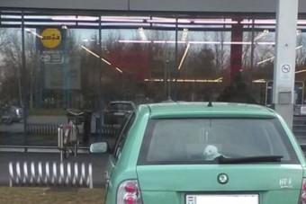 Pofátlanabb autóst még nem fotóztak idén Győrött
