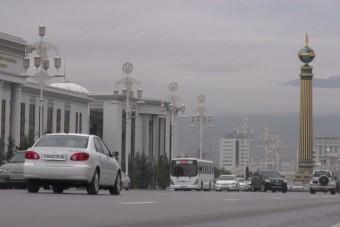 Elveszik a nők jogosítványát Türkmenisztánban